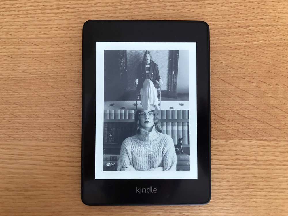 Kindle Paperwhiteのページカラー