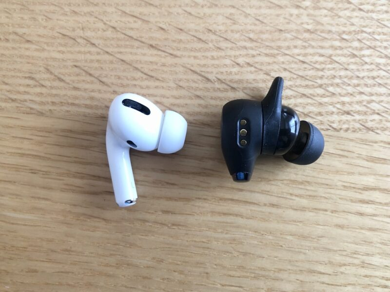 Anker Soundcore Life A2 NCとAirPods Proの外観比較